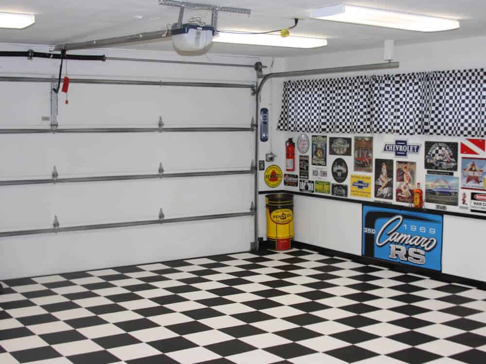 Black White Checkered garage flooring ModuTile