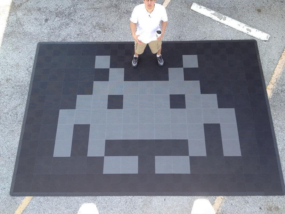 Space Invader Garage Floor Tile -design