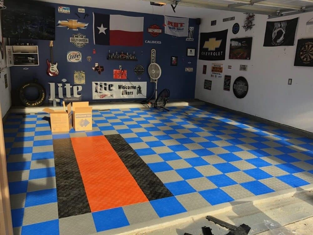 Diamond Top Interlocking Garage Floor Tile